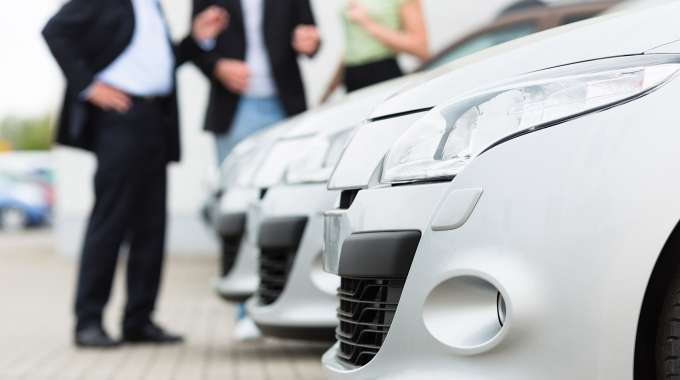 Your vehicle's trade-in value will depend on the equity. Trading in a vehicle is common in Canada, and most dealerships don't mind taking a vehicle that isn't fully paid off. The best place to trade in a vehicle that isn't paid off is at a dealership that
