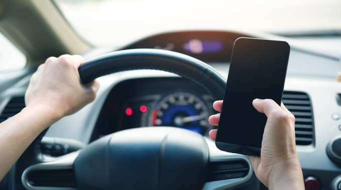 Distracted Driving Laws Canada