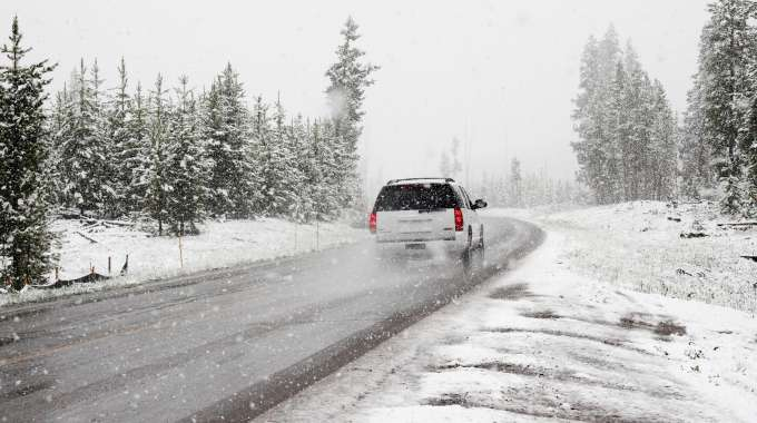 Driving Tips for Winter in Canada