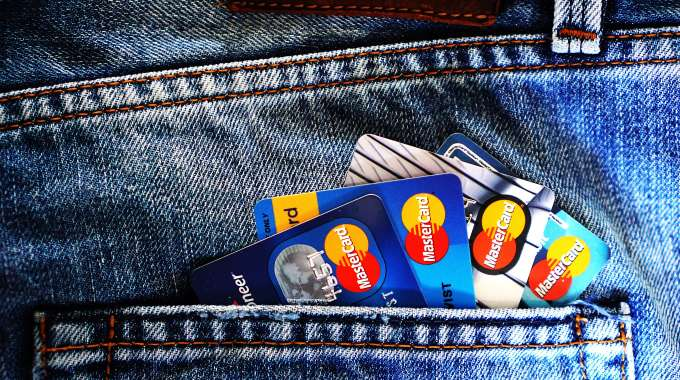 How to Get a Credit Card with Bad Credit in Canada